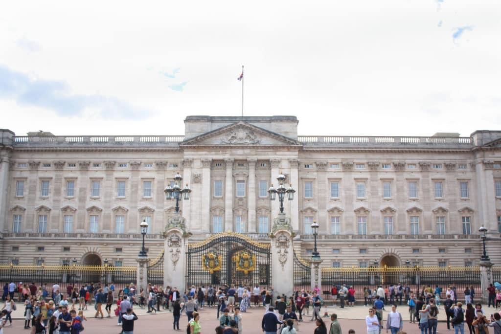 London Attractions: Buckingham Palace