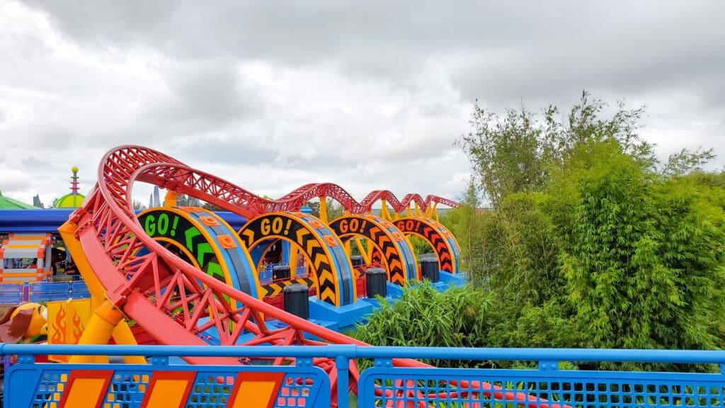 Slinky Dog Dash - a kid-friendly coaster